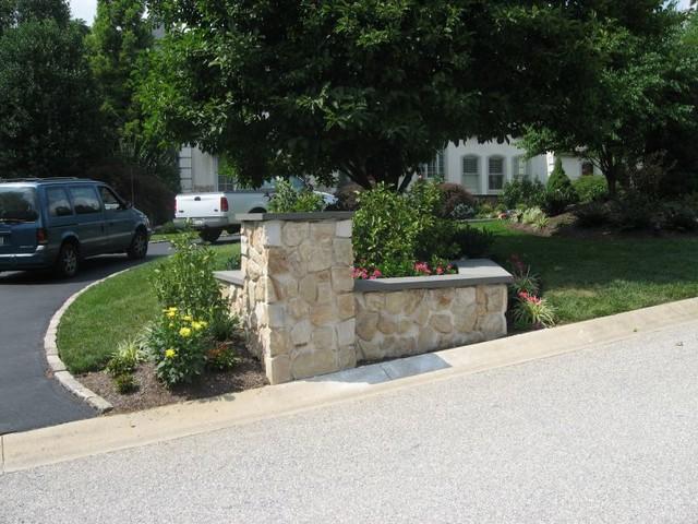 Stone Driveway Entrance Pillars : Stone veneer driveway entrance garden area with pillar