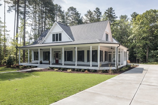 Stonegate - The Olivia - Farmhouse - Exterior - Raleigh - by Black and White by Garman Homes