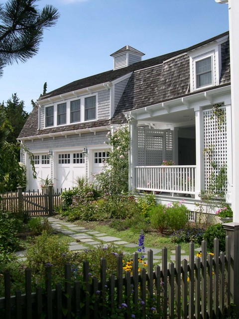 Summer house cape cod ma traditional exterior new for Cape cod house exterior design