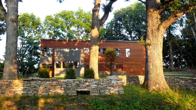Summer Retreat contemporary-exterior
