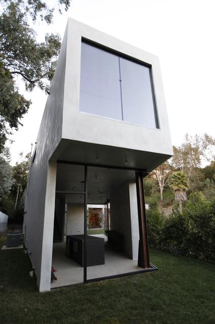 Summit Drive contemporary-exterior