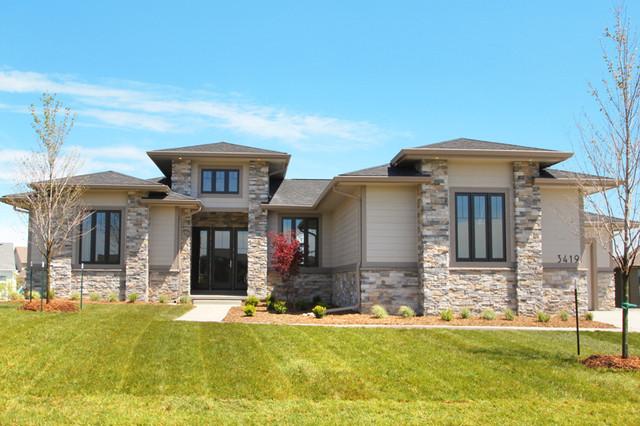 Summit Estates traditional-exterior