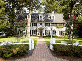 traditional exterior Houzz Tour: Much to Like About This Traditional Beauty (17 photos)