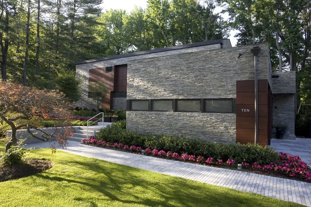 Sustainable Long Island Residence modern-exterior
