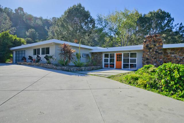 Swanky Modern Retreat Midcentury Exterior San Diego