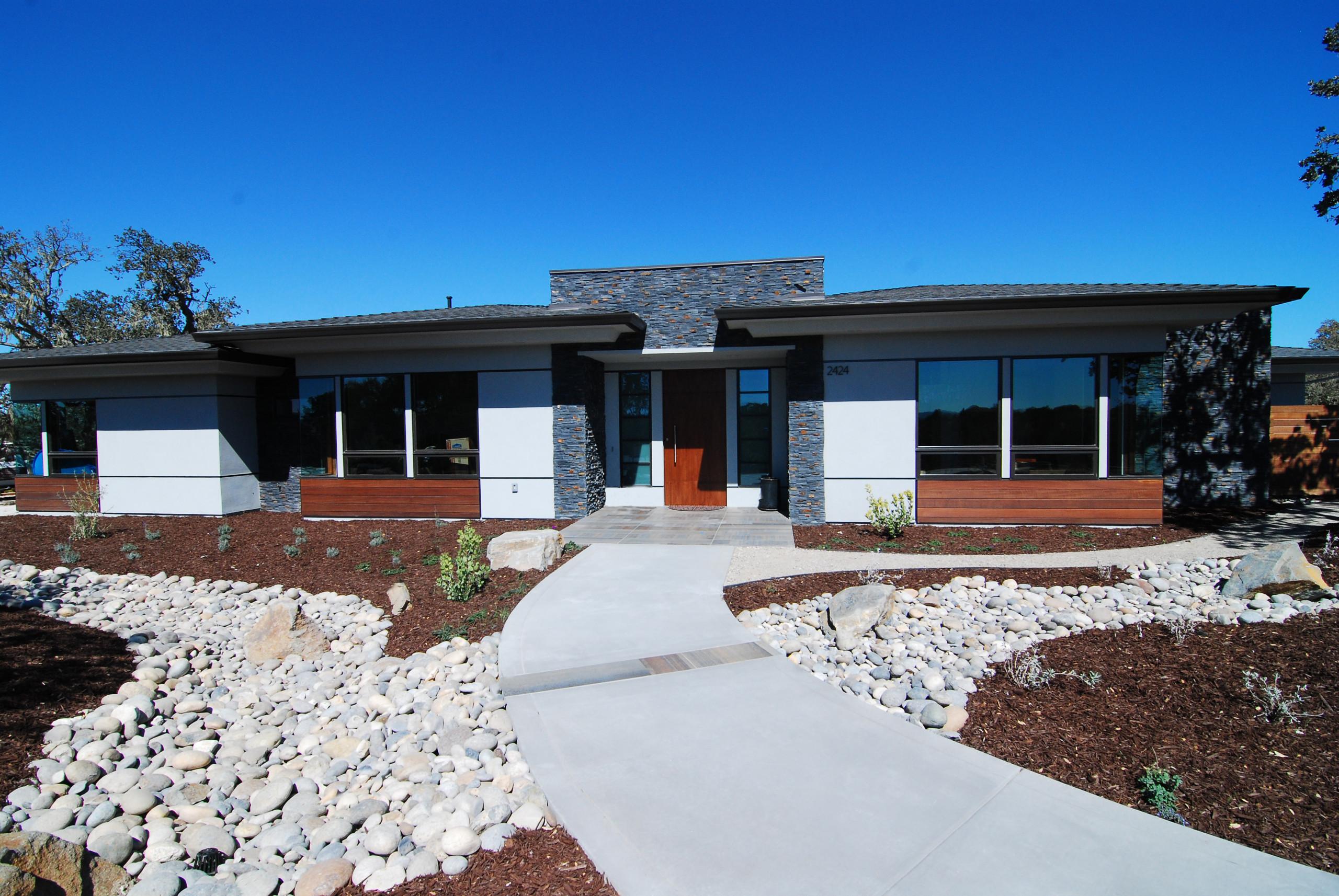 SYR Modern Prairie, Templeton