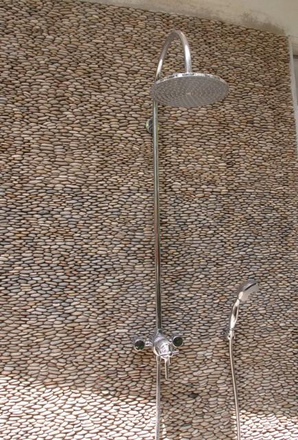 Tan Standing Pebble Tile Shower Wall Modern Exterior