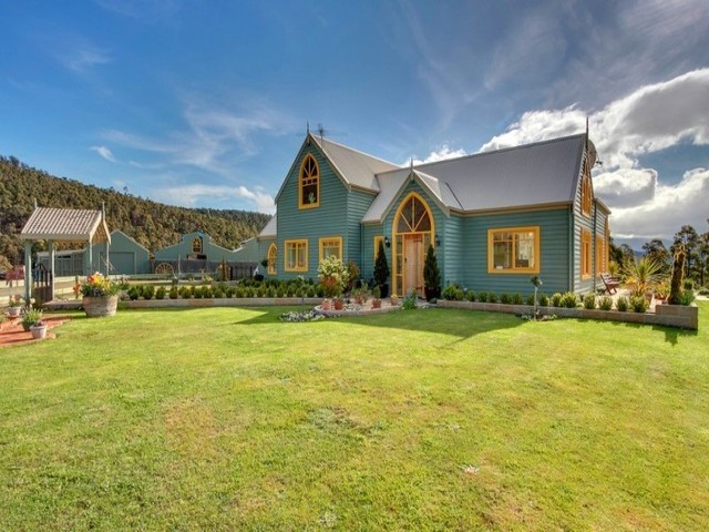 Tasmanian Country Home - Country - Exterior - Hobart - by Storybook ...