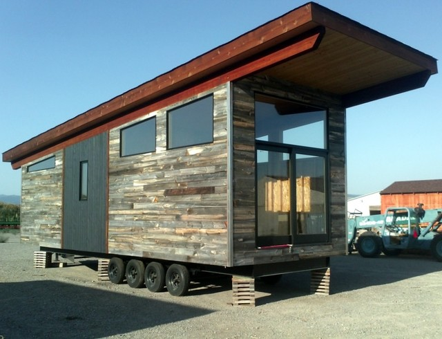Teton truss park model vacation home for Contemporary model homes