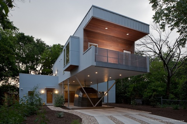 Texas Cantilever - Modern - Exterior - Austin - by Universal Joint on incredible house design, modern lake house designs, modern cantilevered house, cantilever roof design, modern house in mexico, bungalow flat roof houses design, modern home narrow lot house designs, cantilever steel beam design,