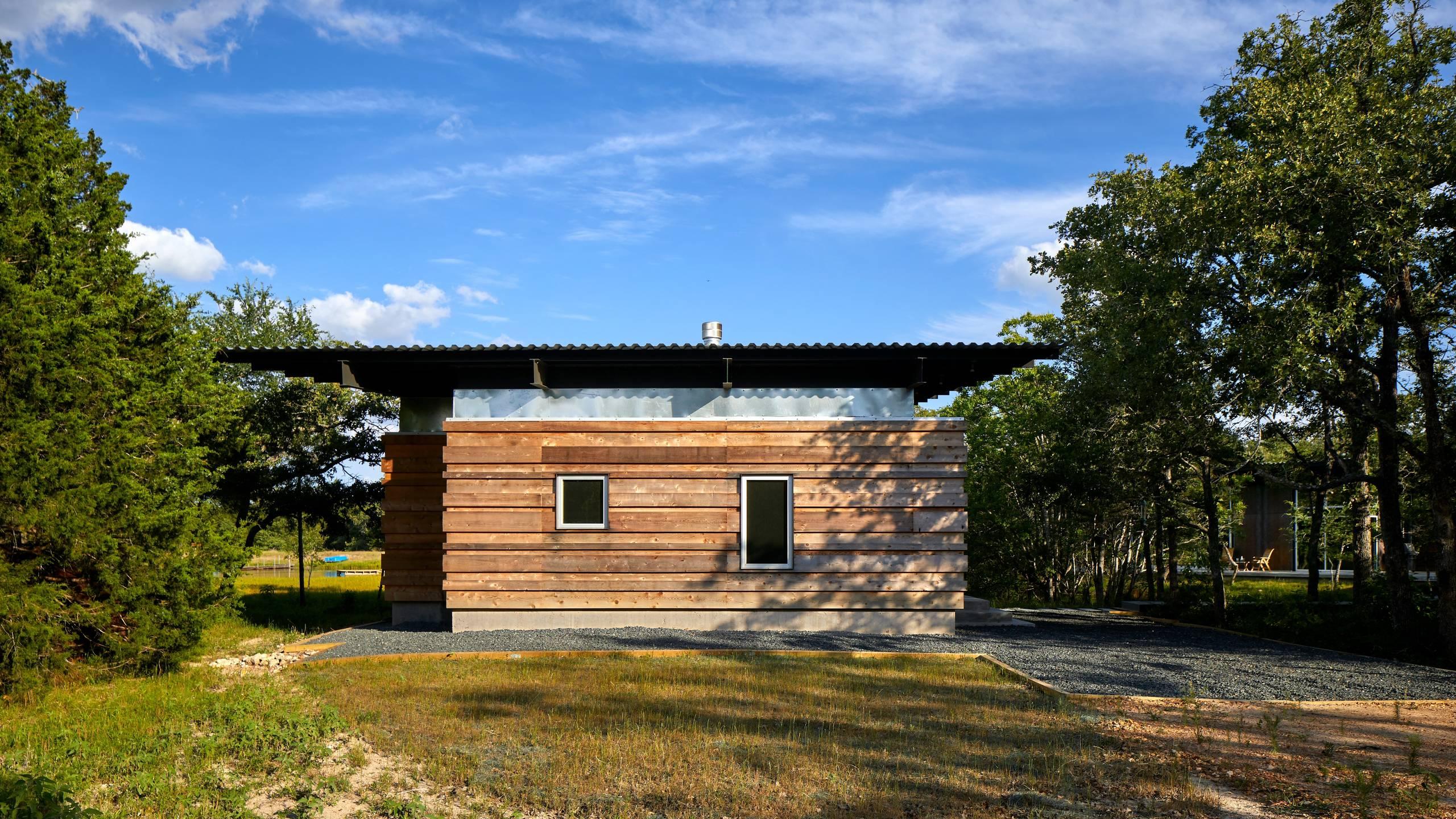 Texas Lake Retreat House