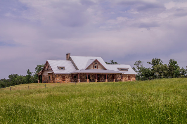 texas ranch house exterior - Ranch House