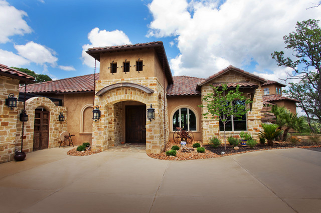 Texas style mediterranean by jim boles custom homes for Custom mediterranean homes