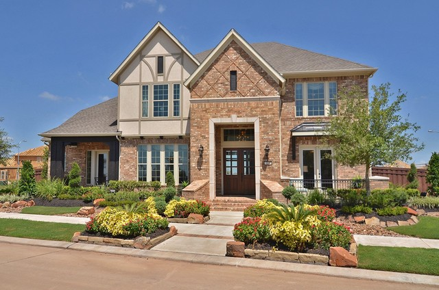The Calsin Traditional Exterior houston by David
