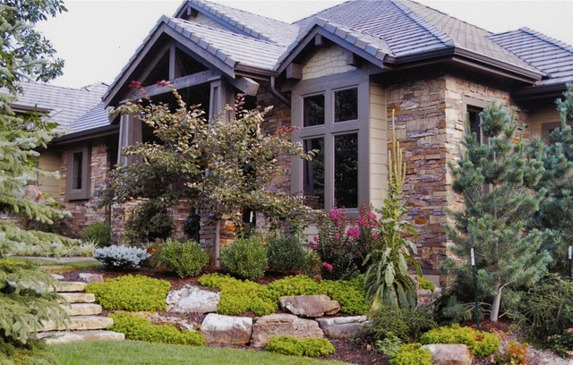 The Cedar Creek Lodge Traditional Exterior