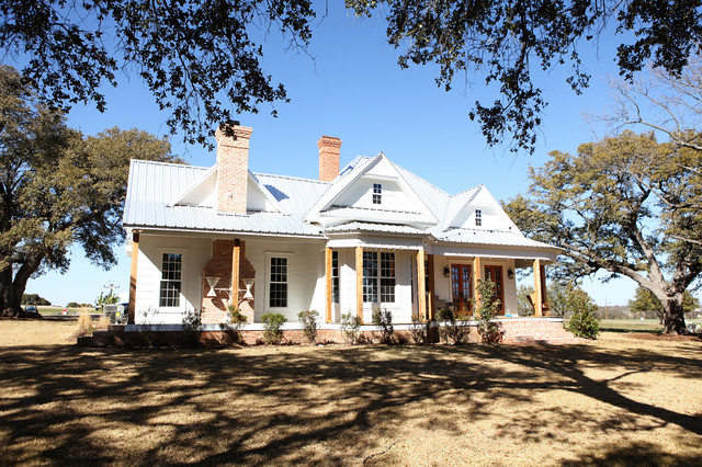 The Farmhouse Farmhouse Exterior Austin By