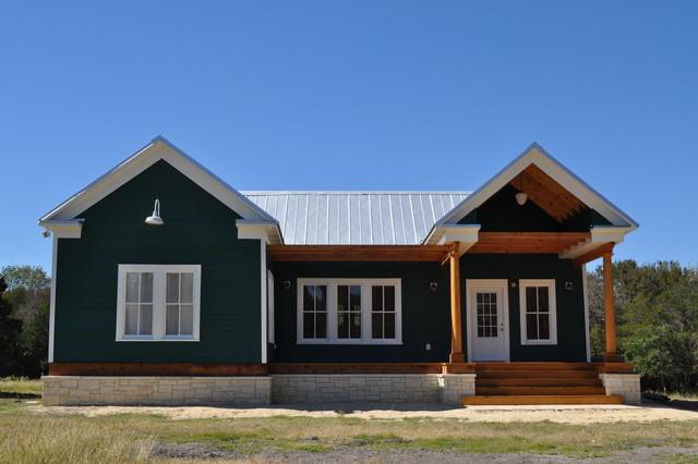 the green house landhausstil h user houston von mantilla homes. Black Bedroom Furniture Sets. Home Design Ideas