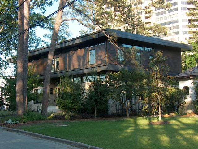 The LeBlanc-Cox Residence modern-exterior