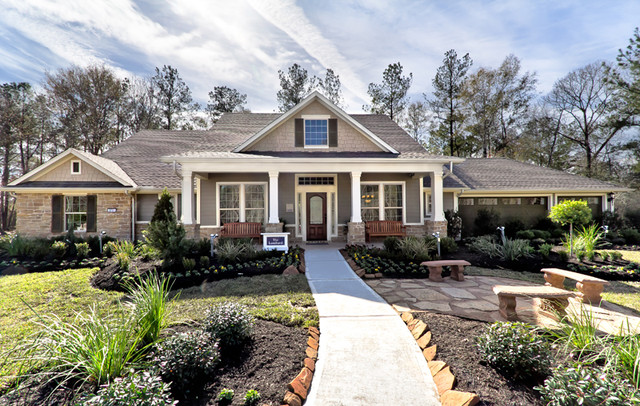 The Lombard Traditional Exterior houston by David