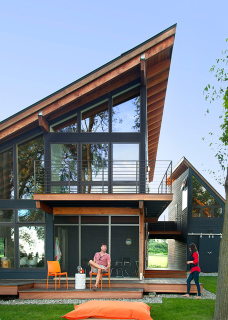 The Projector House - Contemporary - Exterior - burlington - by CULTivation D.S