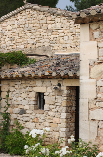 The Provence home of Chantal and Harry mediterranean-exterior