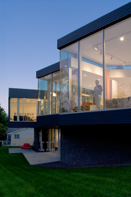 The residence modern exterior kansas city by hufft for Architecture firms kc