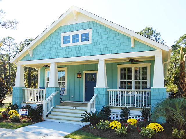Photos In Exterior And Interior Views At The Cottages Ocean Isle Beach Nc