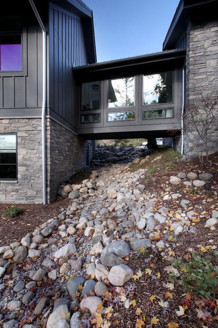 Thornapple River Residence - Hard Topix Precast
