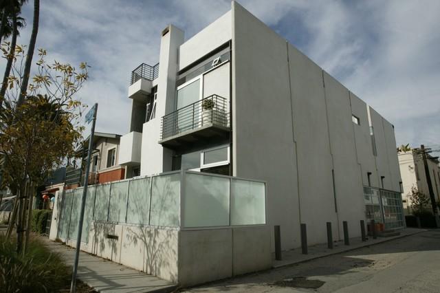 Tilt-up Slab House contemporary-exterior