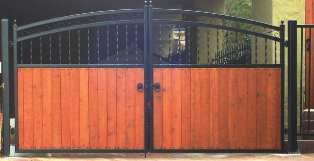 Town & Country Fencing contemporary-exterior