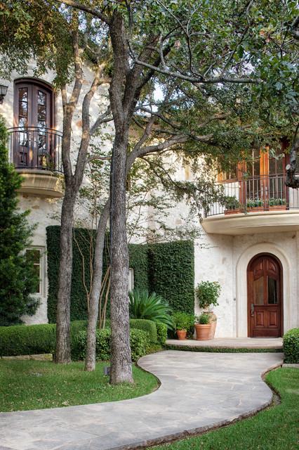 Town Lake, Austin Texas traditional-exterior