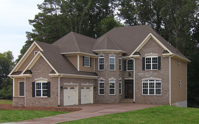 Traditional brick exterior home traditional exterior for Brick traditional homes