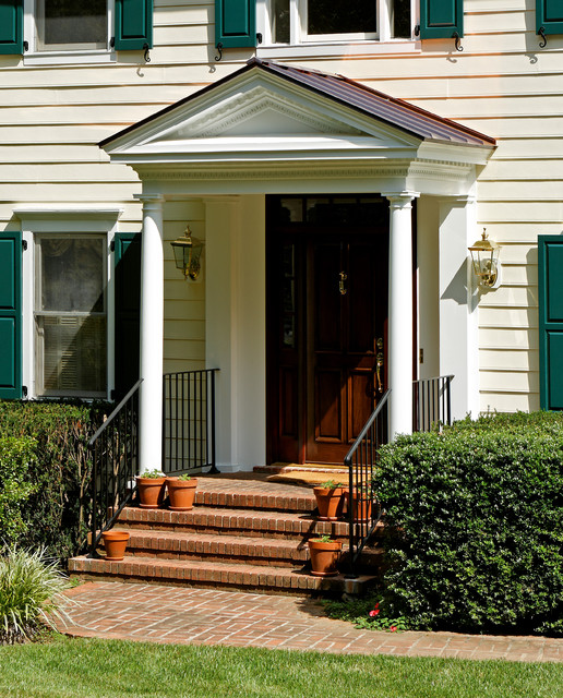 55 Front Verandah Ideas And Improvement Designs: Traditional Colonial Portico