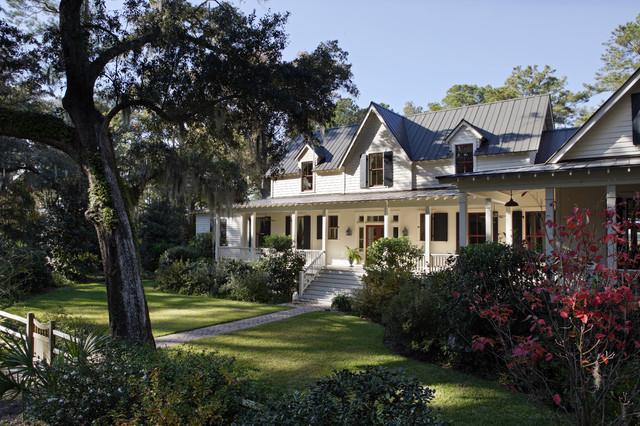 Carpenter gothic cottage spring island south carolina for Carpenter style homes