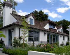 Palo Alto Guest Cottage traditional exterior