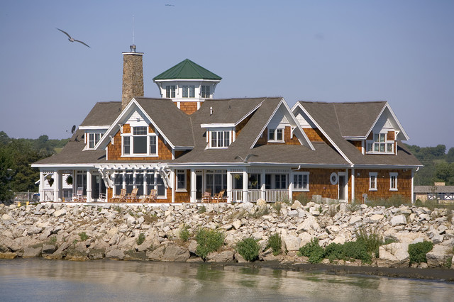 21. Lake Michigan Home traditional-exterior