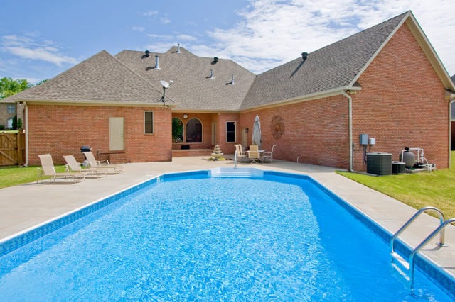 Traditional Home In Hurricane Lake Estates With Pool