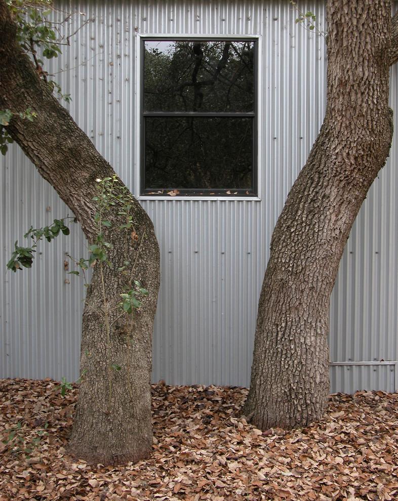 Trendy exterior home photo in Austin