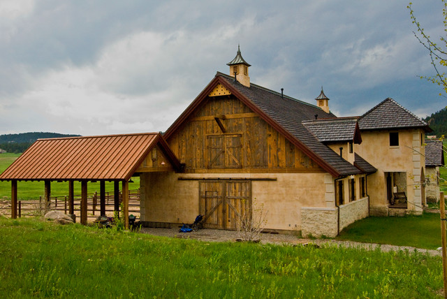 Trestlewood outdoor rustic garage and shed other for Garage ad sainte foy de peyroliere