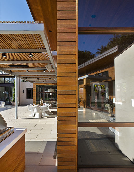 Inspiration for a contemporary exterior home remodel in San Francisco