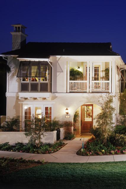 Huntington Beach Villas tropical-exterior