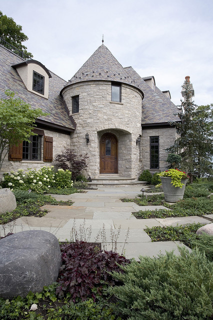 Lake Geneva Vacation House traditional-exterior