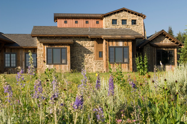 Tuscan farm rustic exterior by centre sky architecture ltd for Modern rustic farmhouse exterior