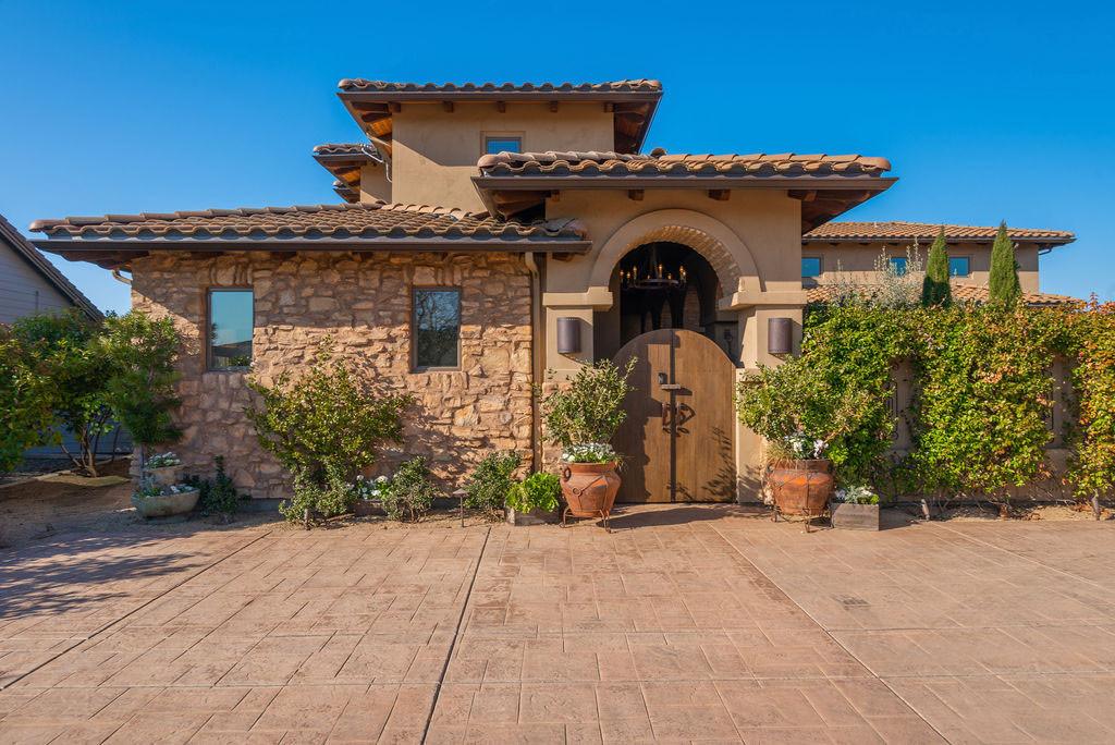 Tuscan Home Design | Oak Creek Drive