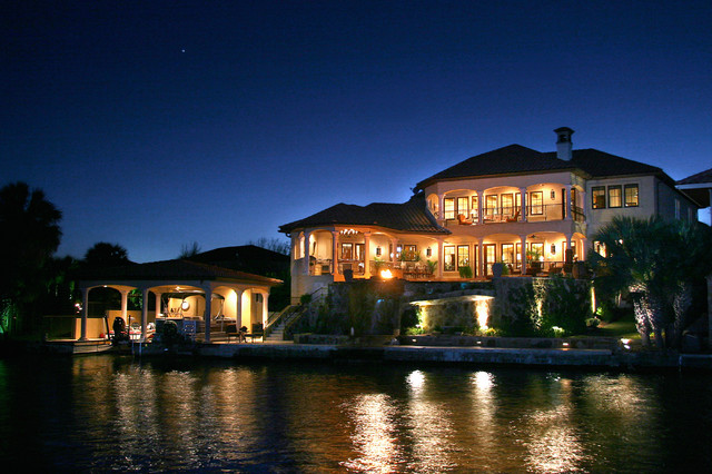 Tuscan Inspired Horseshoe Bay Lake Home mediterranean-exterior