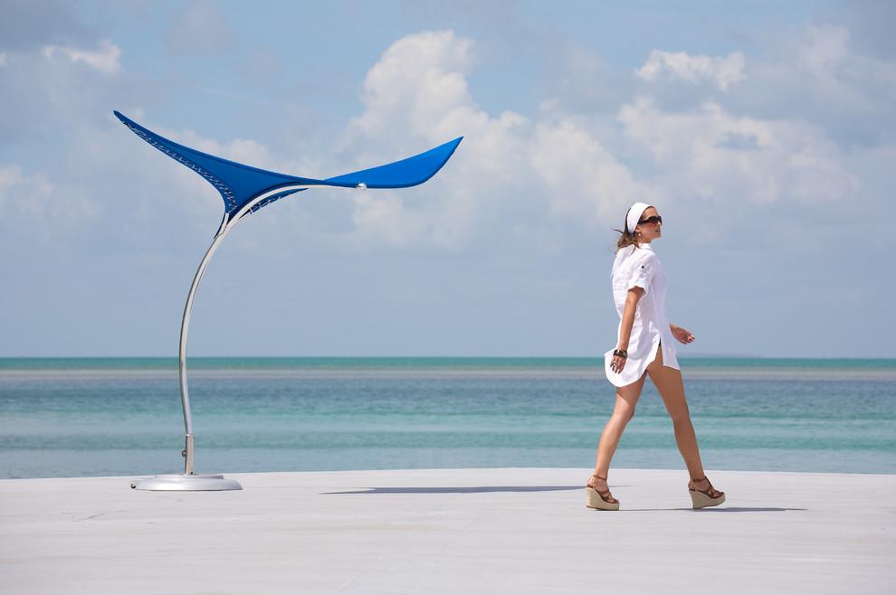 Tuuci S Stingray Shade Sculpture Beach Style Exterior Los