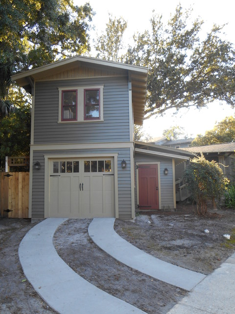 Two-Story Garage Apartment - Traditional - Exterior - Tampa ...