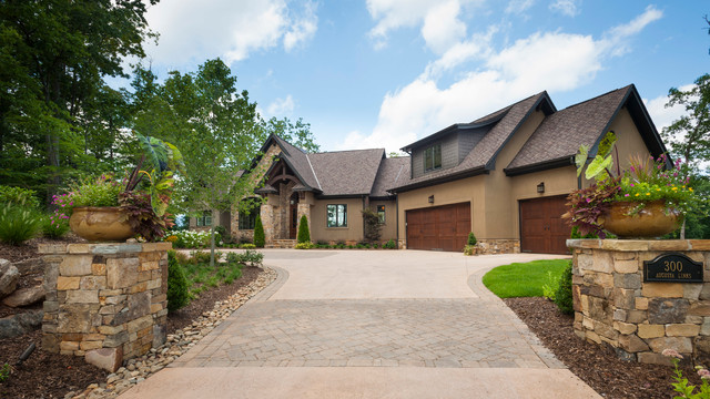 Ultimate Estate Living traditional-exterior