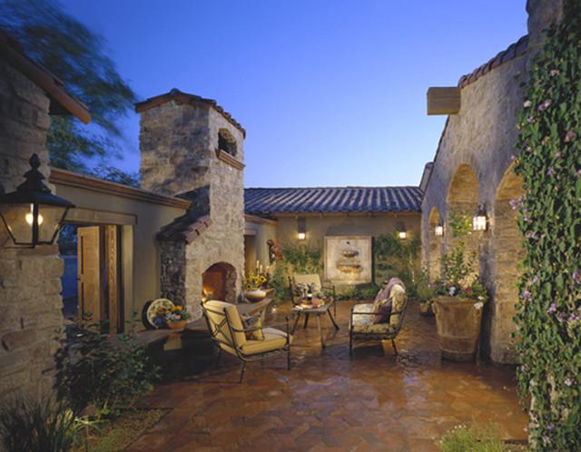 Urban design associates traditional exterior phoenix for Tuscan courtyard landscaping