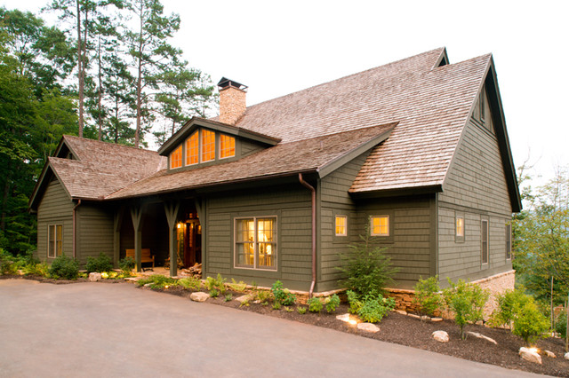 Vacation Cabin traditional-exterior